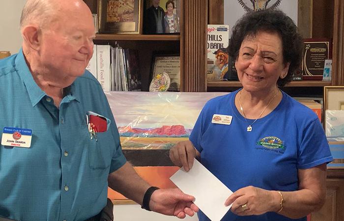 kiwanis donates $5000 to foothills food bank