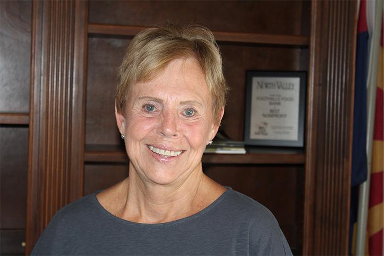 Lynn Ballou